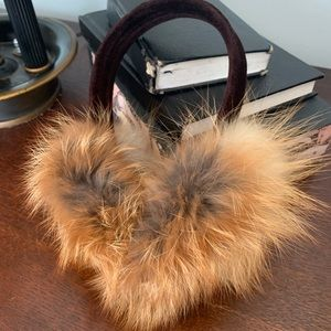 Fur ear muffs SO FLUFFY just in time for fall!